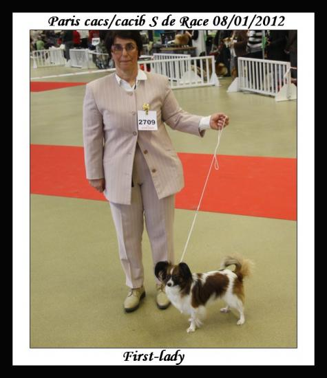 paris-dog-show-08-01-2012-lady.jpg
